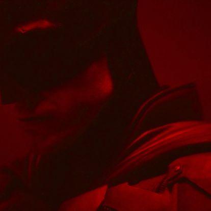 Videó: Vess egy pillantást az új Batmanre, azaz Robert Pattinsonra!