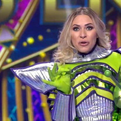 Álarcos énekes: az Alien esett ki, Hargitai Bea volt alatta