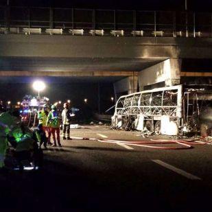 A veronai buszbaleset ügyében csak a háziorvost gyanúsítják itthon, aki eltanácsolta a sofőrt a vezetéstől