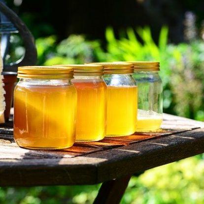 Tudtad, hogy a méz vitaminokban szegény, de jó baktérium ölő?