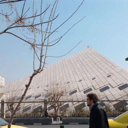 Köz nélküli köztársaság: nem érdekelte irániakat a saját parlamentjük megválasztása, de miért?