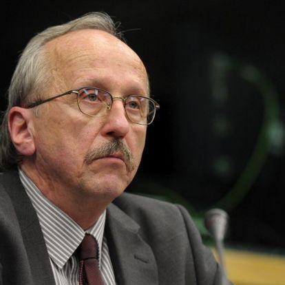 Nem bánta meg és nem vonná vissza kereszténygyűlölő kijelentéseit Niedermüller