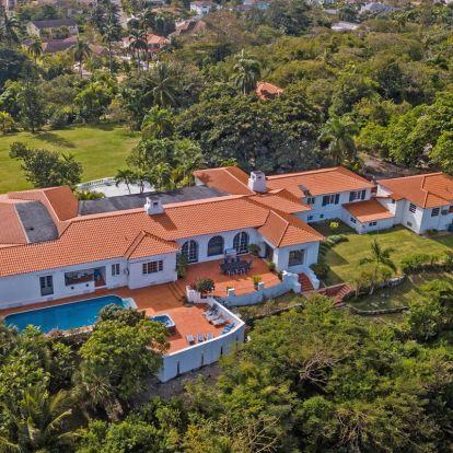 Inside the stunning former Bahamas estate of Wallis Simpson and King Edward VIII