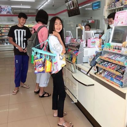 Óriási buli lett abból, hogy Thaiföldön betiltották az egyszer használatos műanyagzacskókat