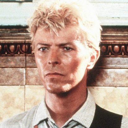 Eladó a kocsma David Bowie Let's Dance klipjéből