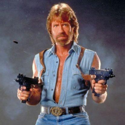 Chuck Norris 80 lett, úgyhogy itt az ideje, hogy megint lerúgjon mindenkit