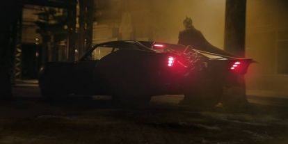 A Warner nem állítja le a The Batman és a Mátrix 4. forgatását