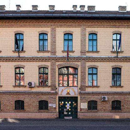 A kiutasított iráni hallgatók mellett áll ki a Helsinki Bizottság