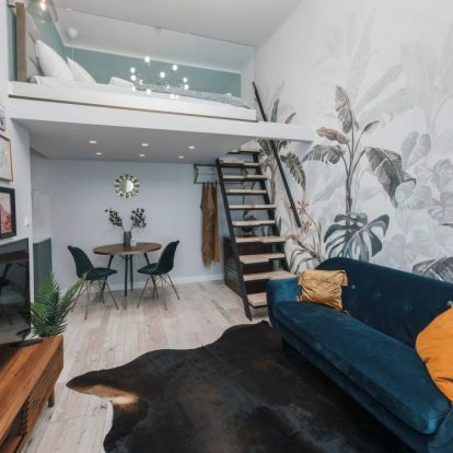 27 m2-es kis lakás Budapest belvárosában, optimálisabbra hangolt új elrendezés galériával