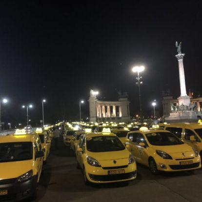 Dudálással köszönték meg az egészségügyi dolgozók munkáját a taxisok