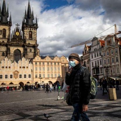 Csehországban és Lengyelországban is terjed a járvány, újabb intézkedéseket vezettek be