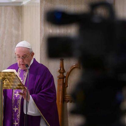 Ferenc pápa arra intette az embereket, hogy őrizzék meg a hitüket, és nyújtsanak vigaszt egymásnak