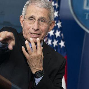 Az USA vezető járványügyi szakértője szerint örökre el kell felejteni a kézfogást