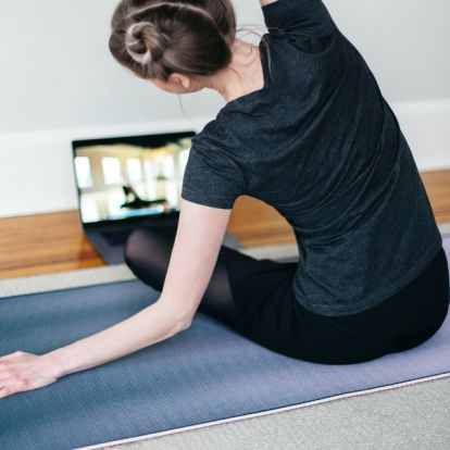 Online jóga – Melyiket válasszam? | Elle magazin