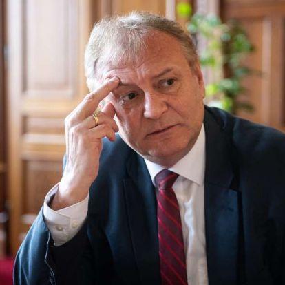 Hiller: Magyarországon ma nincs igazi köztársaság
