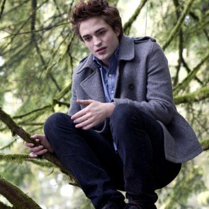 Kiderül Edward Cullen múltja
