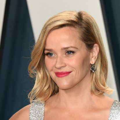 Reese Witherspoon's '90s Style Was All About These Iconic Beauty Trends