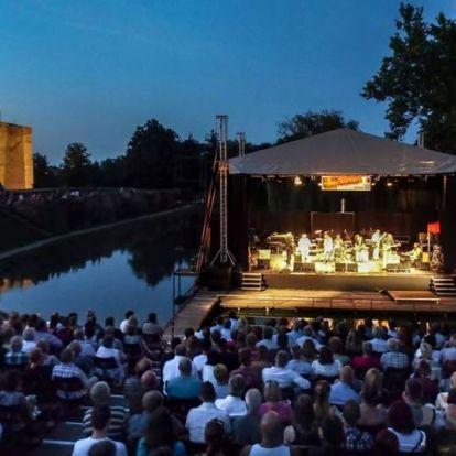A Gyulai Várszínház mini évadra készül