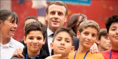 Iszlám imperializmus: a francia kormány bevezeti az arab nyelv oktatását az iskolákban