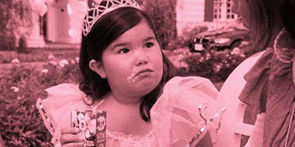 Az emberek nem hiszik el, mennyire dögös csaj lett a Juanita Solist alakító gyereksztárból - FRISS FOTÓ