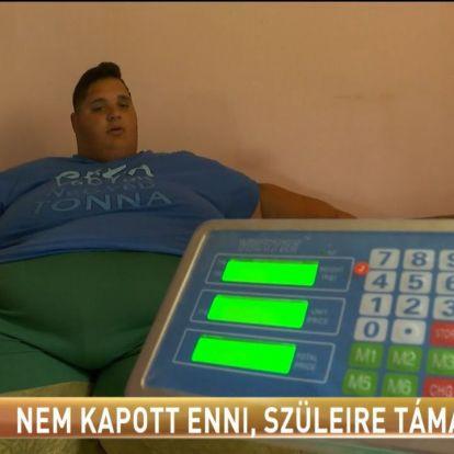 Nem kapott enni, szüleire támadt / Tények.hu videó