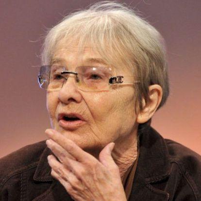 Törőcsik Mari már nagyon szenved a magánytól, iszonyúan megviseli a karantén a 84 éves művésznőt