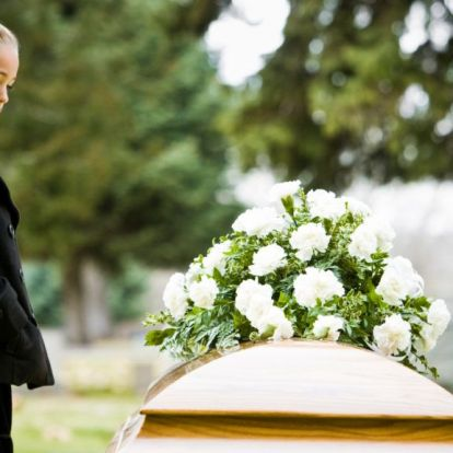 Saját temetésüket kellett megtervezniük brit diákoknak