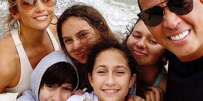 ¡Que no pare la música! Jennifer Lopez y Alex Rodríguez protagonizan un divertido concierto en familia