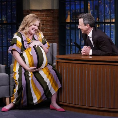 Sírva röhögős dokusorozatban követhetjük le Amy Schumer terhességét