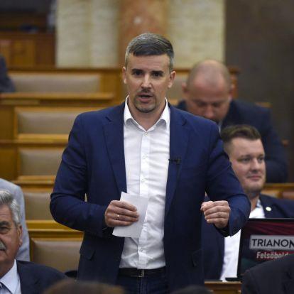 Kövér László elvette a szót a Parlamentben Jakab Pétertől, mert sértődős tolvajnak nevezte Orbánt