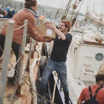 Romantikus, környezetvédő, de egyre keresettebb is a vitorlás hajós teherszállítás