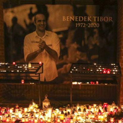 Szűk családi körben búcsúztak Benedek Tibortól