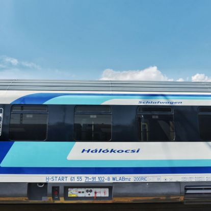 Menetkész az első megújult CAF hálókocsi