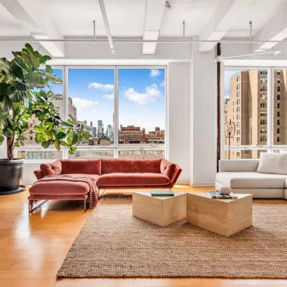 Explore Susan Sarandons Stylishly Decorated New York Home