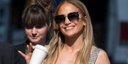 Jennifer Lopez bemutatja: íme a tökéletes nyári outfit!