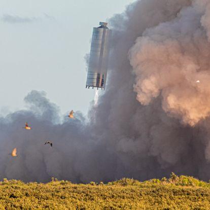 Szürreális látvány ahogy a levegőbe emelkedett a SpaceX Starship űrhajója