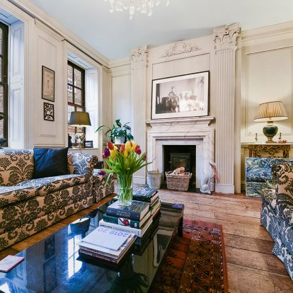 Explore this historic former Huguenot physicians house in Spitalfields