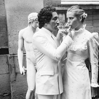 Lily Allen se ha casado y su vestido de novia (corto) es el que triunfa en esta pandemia