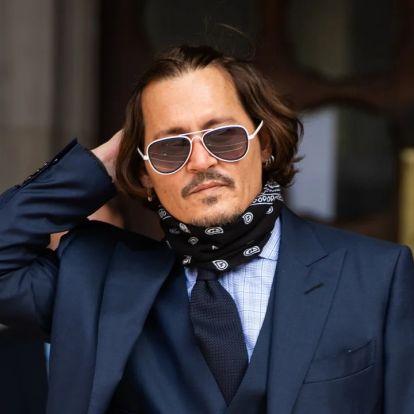 Johnny Depp nem aprózza el: havi több mint 9 milliót költ borra