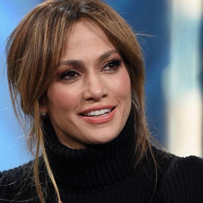 Az 51 éves Jennifer Lopez bikiniben