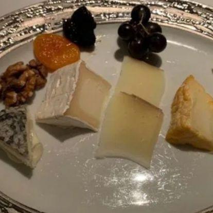 Gordon Ramsay drágán adott ízetlen sajtokkal szúrja ki a vendégei szemét