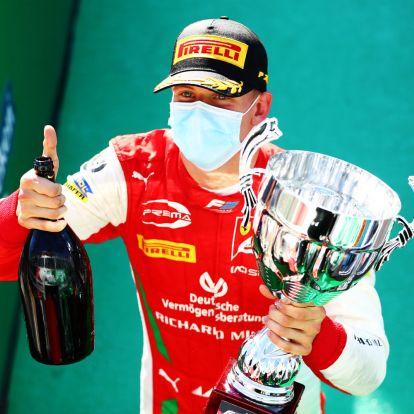 Ismét győzött a kis Schumi, egyre közelebb a bajnoki cím