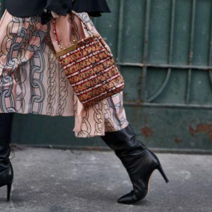 Vestidos con botas: nos inspiramos en las celebrities para llevar el combo ganador del otoño