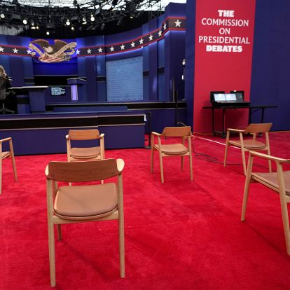 Inside the (nearly) audience-free presidential debate
