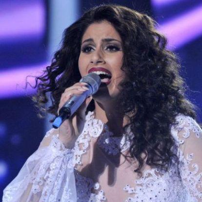 Eljegyezték Radics Gigit – az énekesnő párja elárulta, miért várt mostanáig