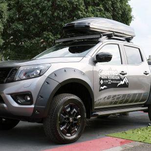 Mobilkonyha Nissan pickupból