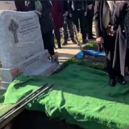 Egy éve ilyenkor: a saját temetésén is megviccelte barátait