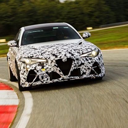 Az Alfa Romeo F-1-es pilótáinak tetszik a Giulia GTA
