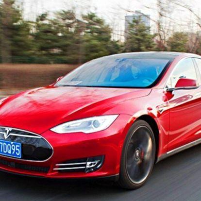 A Tesla szerint a kínaiak nem tudnak vezetni, és Kínában borzasztóak az utak