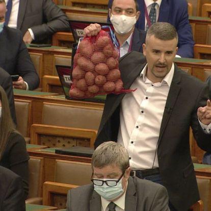 4,4 millió forintos büntetést kapott Jakab Péter Kövér Lászlótól